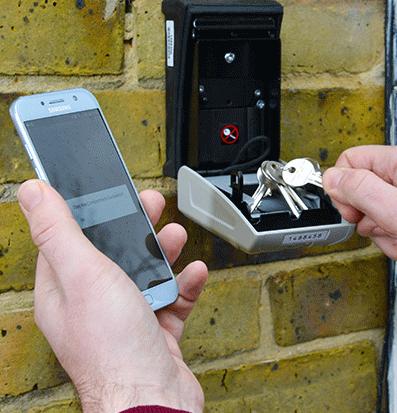 Accesso via Bluetooth e codice PIN per una sicurezza totale